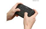 ワイヤレスキーボード、ワイヤレスマウス、サンワダイレクト、サンワサプライ 両手で持つ利用イメージの画像