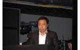 プレゼンを行ったマイクロソフト・巽重夫氏の画像