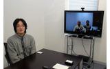 ヘキサドライブで東京採用された岩本東治郎氏(プログラマ・左)と、テレビ会議で参加した大阪採用の中山徹氏(プログラマ・画面左)の画像