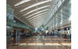 羽田空港第2旅客ターミナル。ポケモンにお土産に食べ物に、と楽しめますねの画像