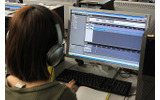 授業では操作方法の指示を受けながら、自分なりのサウンド作りを行うの画像