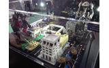 ブースではレゴアンバサダー さいとうよしかず氏によるレゴアートの展示もの画像