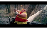 iPhoneのカジュアルゲー『Fruits Ninja』リアルに再現したら? 忍者がフルーツを斬りつける!の画像