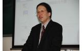 立命館大学教授で学会長の細井浩一氏の画像