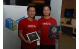 Vinova Pte Ltdのマイク・ニュヤン氏(左)の画像