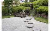 純和風の庭園の画像