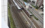 東横線を眺めながらしばしの休憩タイムの画像