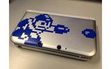 3DS LL用カバー。8bitのロックマンを大胆にあしらったクールなデザインの画像