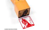 痛印堂と「劇場版 TIGER & BUNNY -The Rising-」がコラボ ― 名前など好きな文字を入れられる完全受注生産「痛印」発売決定の画像