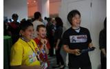 E3 2014で行われた「Nintendo Kids Corner」の様子。会場では、招待された子供たちが宮本茂氏といっしょに最新作を試遊する姿も見られましたの画像