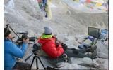 海外ゲーマー、エベレストにPS4を持参し…最も標高の高い場所でゲームをした世界記録を樹立の画像