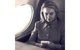 ヒラリー・クリントンが熱中!90年代のゲームボーイ旋風を映す貴重な写真の画像