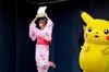 しょこたん&ピカチュウ、京都駅長に同時就任 ― ポケモン映画15周年記念の画像