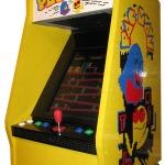 レゴで懐かしのゲーム筐体を再現 ― 基板を内蔵、本当にゲームが遊べる逸品