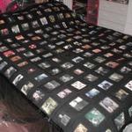 『バイオハザード』の名シーンをちりばめた特製毛布