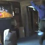 麻薬捜査官が容疑者の家でWiiを遊ぶ ― 前代未聞の珍事件