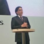 【Nintendo World 2011】岩田社長が助っ人で登場『nintendogs + cats』ステージプレゼン、新要素を訊く