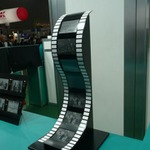 【FINETECH JAPAN 2011】ブリヂストンの電子ペーパー「AeroBee」は紙の使い心地へ