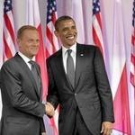 オバマ大統領、ポーランド首相から『The Witcher 2』を贈られる