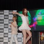 話題のKinect『DANCE CENTRAL』をタレントやモデルがプレイ