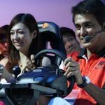 【TGS 2011】伝説のF1ドライバー、鈴木亜久里も登場・・・『F1 2011』ステージ