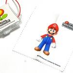 小さく携帯に便利な画面拭き「NewスーパーマリオブラザーズWii マイクロファイバークロス」・・・週刊マリオグッズコレクション第161回