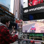 ヒュンダイ、NYタイムズスクエアでレースゲーム