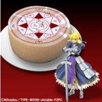 「Fate/Zero」をイメージしたロールケーキ「問おう、貴方が私のマスターか」バンダイより発売