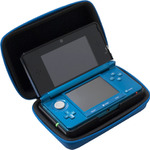 3DSを持ち運びながら充電できる便利アイテム「セミハードチャージケース」明日発売
