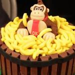 バナナいっぱい!ドンキーコングケーキを動画でご紹介