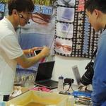 【台北国際ゲームショウ】マジックショー、洗剤の実演販売に、ヘリコプターおじさんまで登場・・・ココがヘンだよ台北国際ゲームショウ(2)