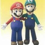 本日発売『ルイージマンション2』、川崎モアーズではルイージ&マリオによる握手会を実施