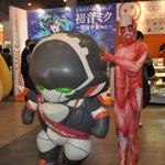 【ニコニコ超会議2】黒雪姫や深海少女など、新作フィギュアが展示された「グッスマブース」の画像