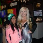 【E3 2013】『KILLER IS DEAD』イメージガールのジェシカは米国でも大人気、サインを求めるファンも