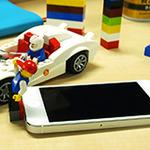 レゴブロックを使ってiPhoneスタンドを作ろう!iPhone5s/5c対応予定のLEGOブロック対応Lightningポートキャップ予約開始