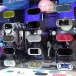 【東京ゲームショウ2013】薄く、そして軽く、ポップに、新型PS Vitaをチェックに