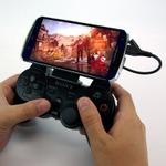 使い慣れたPS3用ゲームコントローラでスマホゲームが楽しめるアタッチメント「コントローラクリップ for Smartphone」が発売