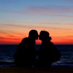 プロポーズはソーシャルメディアで!? 女性の15%がデジタル機器でのプロポーズ望むことが英国の調査で判明