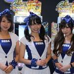 【JAEPO 2014】会場を彩るコンパニオンのお姉さまをチェック「やっぱりゲーセンは、楽しい!」
