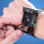 あなたの腕に筐体を、アーケード筐体型腕時計「Classic Arcade Wristwatc」が登場