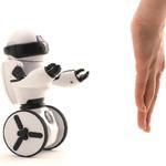 お値段15000円!様々なセンサーを搭載した次世代ロボット「OMNIBOT」が高性能