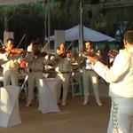 マリアッチバンドが『スーパーマリオ』『ゼルダの伝説』をメキシコの結婚式で演奏