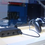 【E3 2014】会場の『スマブラ for Wii U』は全てGCコン!変換アダプタや特製コントローラーも見つけた