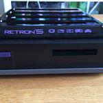 メガドラタワーはどうなった!? レトロハード9種合体ハード「RetroN 5」開封フォトレポートの画像