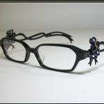 ベヨネッタの眼鏡がふたたび商品化!再現度もばっちりな『ベヨネッタ 2』眼鏡が登場