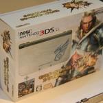 【TGS 2014】New 3DSの『モンハン4G』デザインや「きせかえフレーム」も展示
