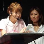 【TGS 2014】スマホゲームを遊んでプレイ動画を投稿! タレントの鈴木奈々さんも参戦したCyberZブースレポートの画像