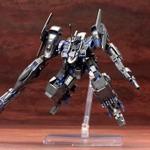 『ACVD』のブルー・マグノリア乗機「R.I.P.3/M」をプラモデル化、武器やパーツを組み替えてカスタマイズ可能