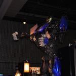 巨大ロボットに乗る気分を満喫できるメカニカルスーツ「スケルトニクス」の画像