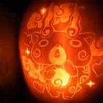 ハロウィンの夜に相応しい、カボチャに「ロックマン」や「コマさん」を彫り上げる動画はいかが?